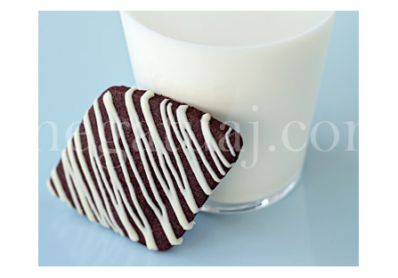 Biskota me kakao dhe çokollate te bardhe