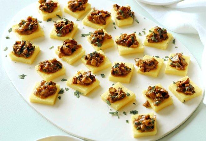 rsz_ei0706_polenta-squares-with-mushroom-ragu_s4x3