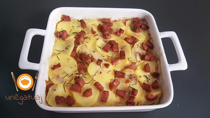 Tave me patate dhe sallam1